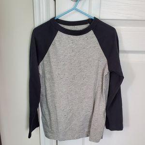 Boys Joe Fresh long sleeve t shirt size 6